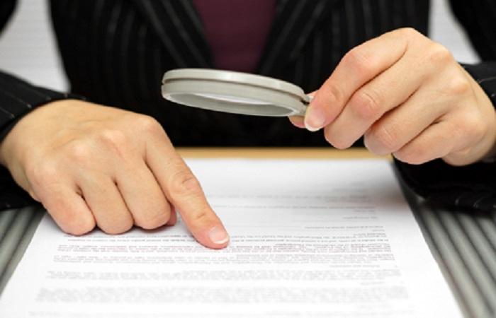 Kiểm tra hợp đồng thuê trọ kỹ càng